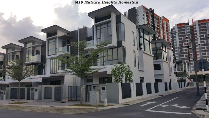 Homestay M19 Mutiara Villa, Mutiara Heights,Kajang