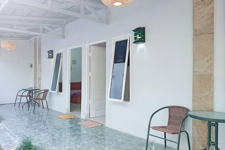 Kecamatan Berbah guesthouse  murah rasa apartemen
