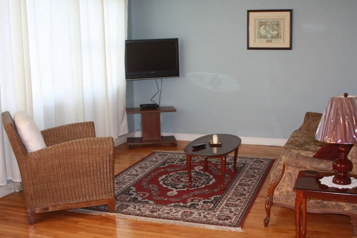 2 Bedroom short term accommodation - Fredericton