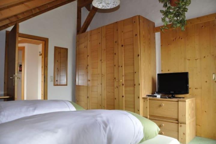 Doppelzimmer Deluxe mit Balkon, Wanne, Bergblick