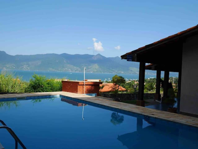 Vista incrível + piscina + bike + wifi +churras