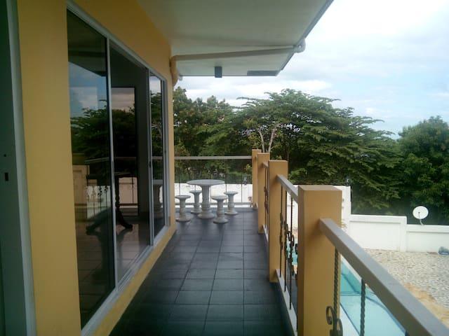 badian philippines airbnb