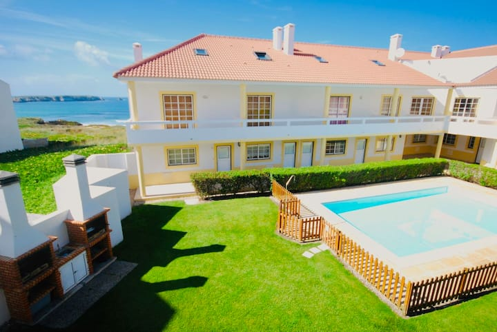 Baleal beach, Sunny balcony, Shared pool - A