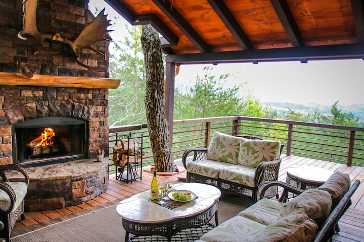 Luxury Mountain-top Blue Ridge retreat - Moosemac