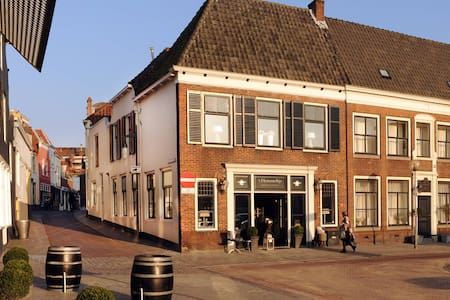 Sfeervol app in historisch F - Goes - Townhouse