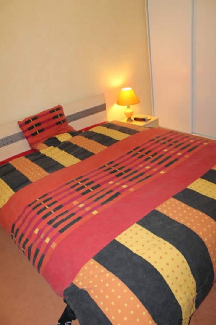 2 chambres privées proche sortie A7 Montelimar sud