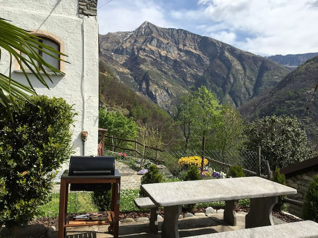 Rustico Natale including free parking place - Mergoscia - Vacation home