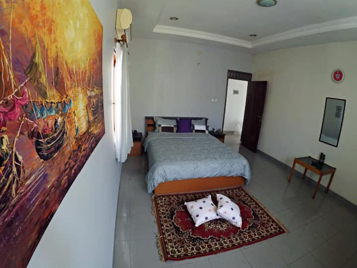 Delta 9 Homestay Yogyakarta with 3 Bedrooms