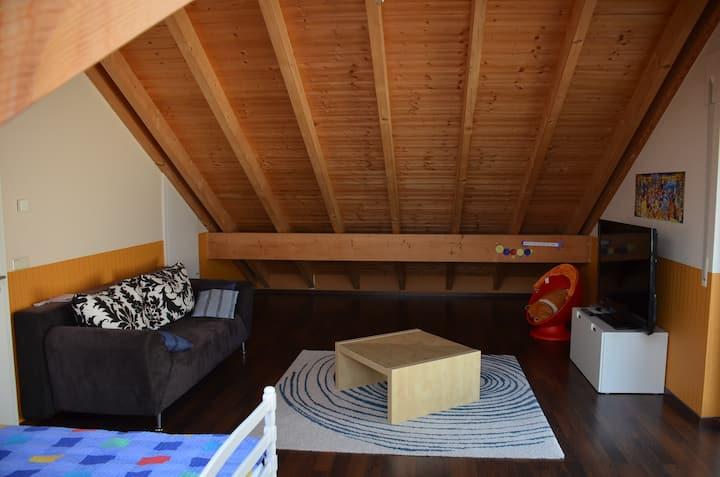 2 big private bedrooms with showerroom & breakfast
