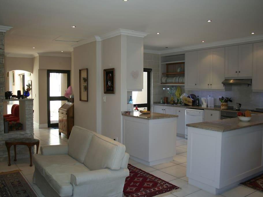 Living Room & Open Plan Kitchen