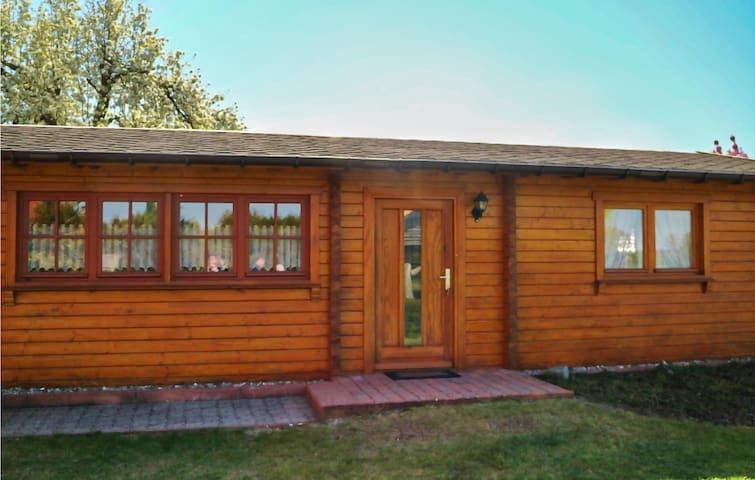 Beautiful home in Klink-Sembzin with WiFi and 2 Bedrooms