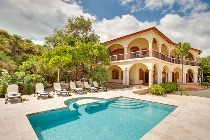Villa Ranguana  - Private Luxury Accomodation