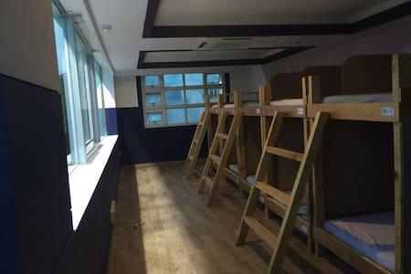 Mellow surf dormitory - Haeundae - Dormitori compartit