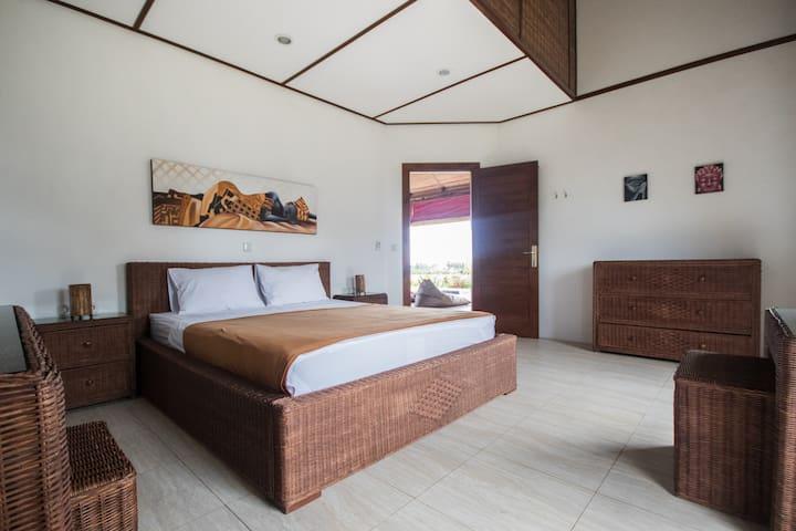 snaffl Beach Villa: Doubleroom West - Pekutatan