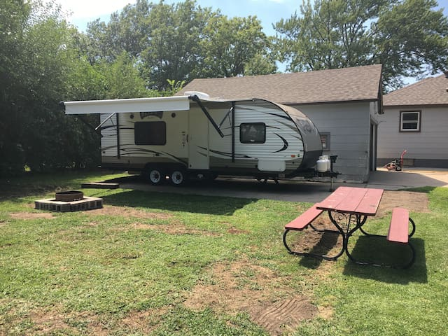 Great Camper at Wize Campground!