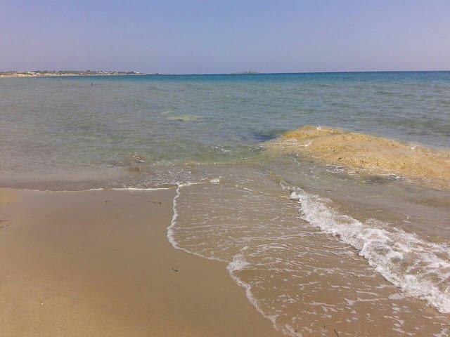 Villino carratois a 50 metri dalla spiaggia