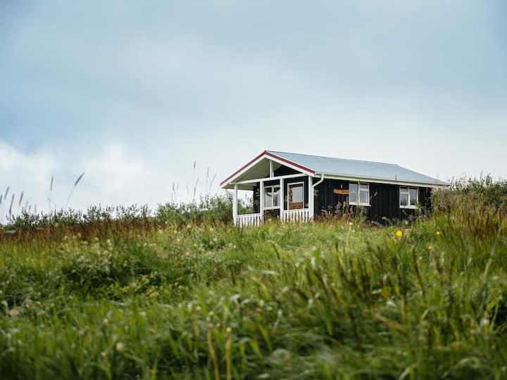 Grásteinn guesthouse, Litla Brekka cottage