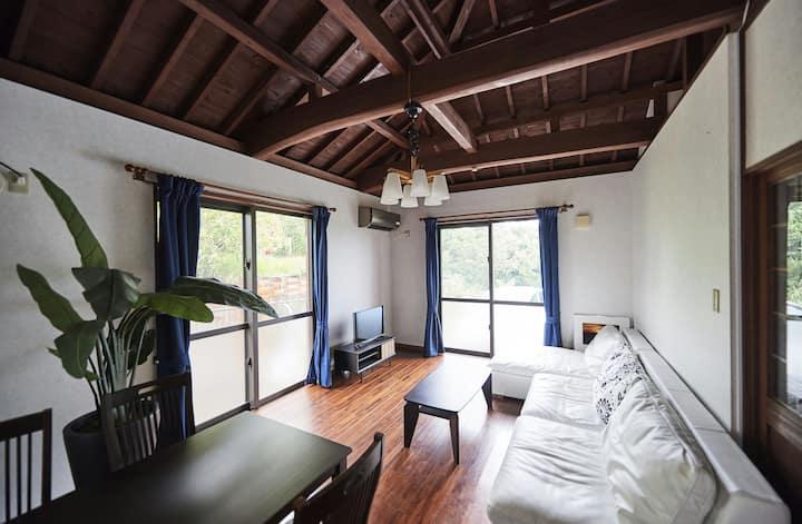 石垣島の自然を味わう隠れ家  (石垣島タカオハウス)