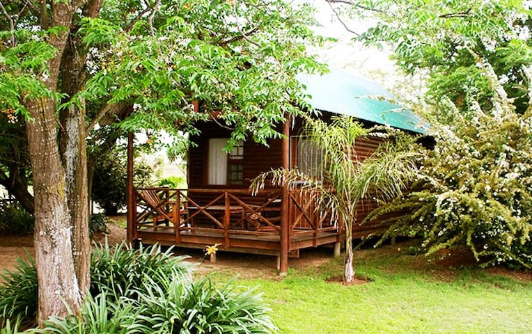 Lenmore Chalet # 1 on the Addo Route, Eastern Cape