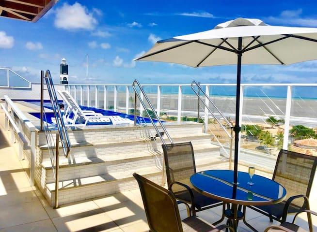 Lindo flat à Beira Mar da orla de Atalaia