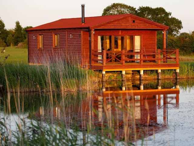 Adults only 2 bedroom log cabin in Boston Lincs