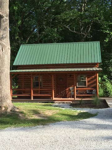 New! The Pine log cabin near Warren Dunes