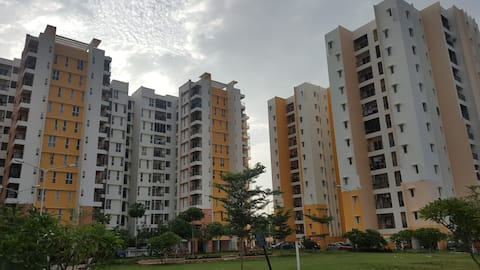 Olympia Grande flats near international airport