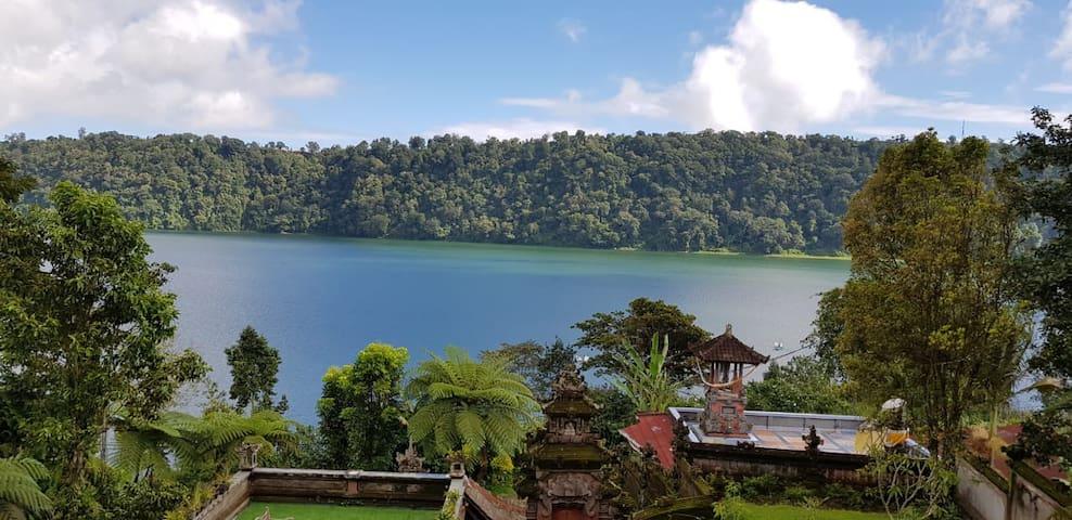 Umah Tyang villa