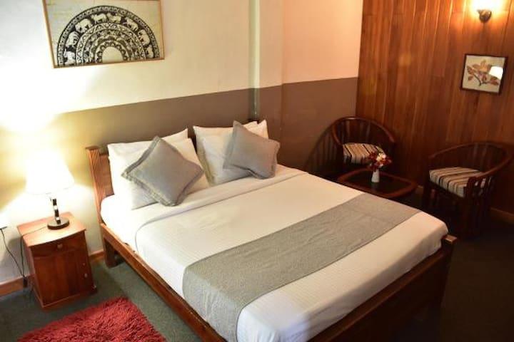 Deluxe Double Room With Honeymoon Package