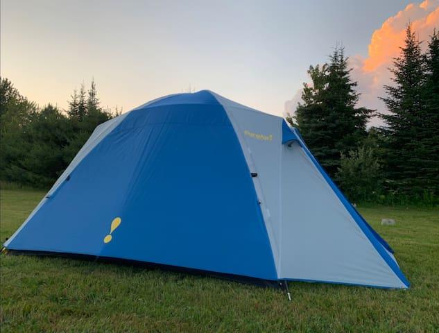 Prêt-à-camper «Tente 4 places Eureka Chic-Choc»A