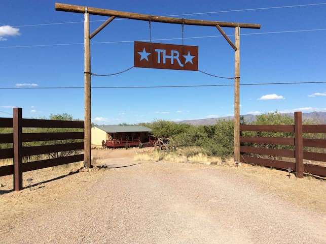 THUNDERHORSE RANCH  ~ A HOMESTEAD EXPERIENCE ~  #1