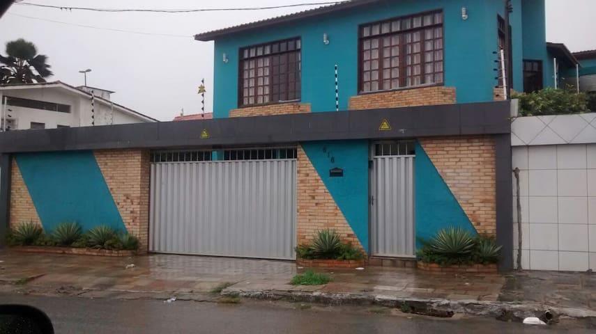 Bela mansão no melhor bairro de Campina Grande