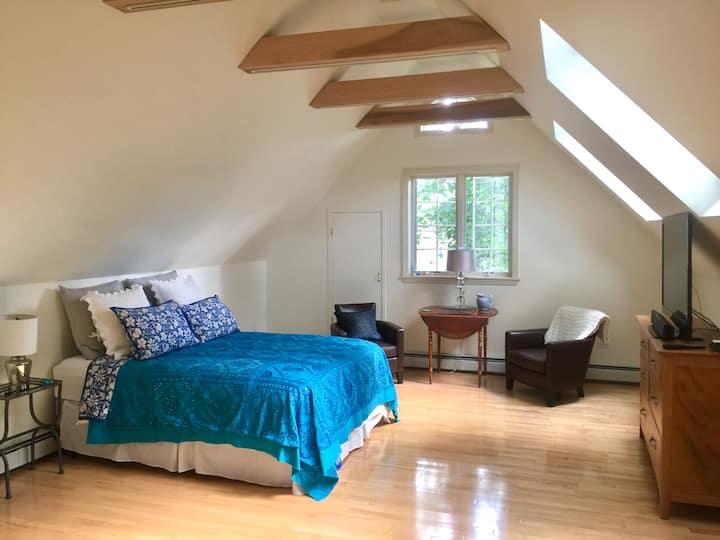 Nyack Loft, light and spacious