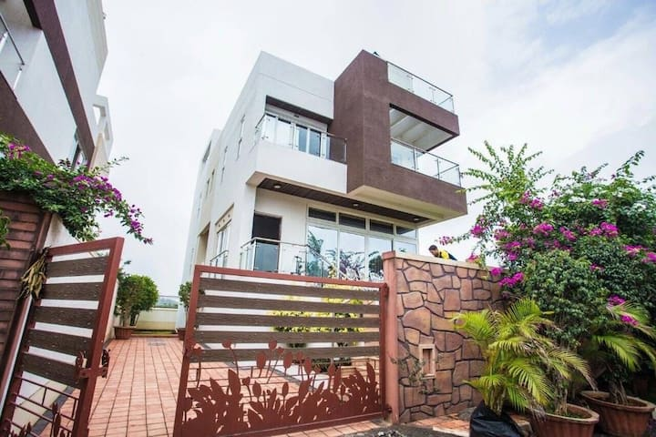N5 villa - 5bhk with Private Pool