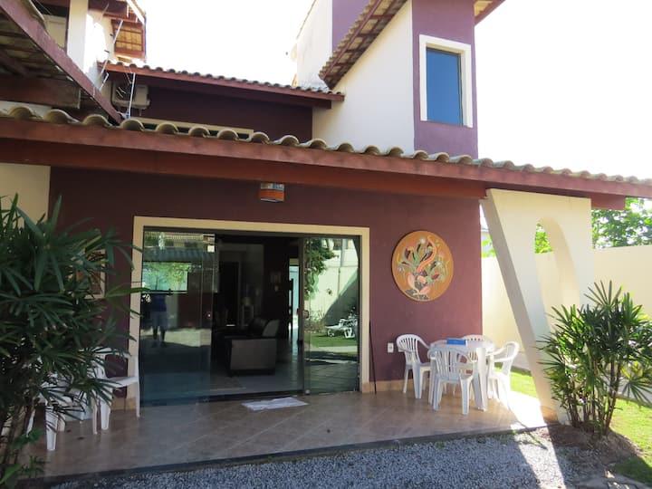 Casa 205 - Grande e Arejada - a 650m da Praia