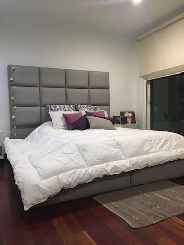 Recamara amplia con balcon en Cholula - Cholula - Appartement en résidence
