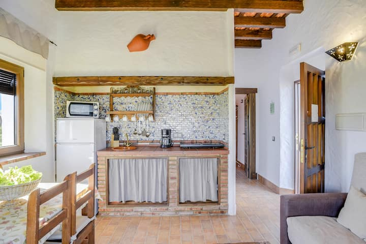 """Charming Apartment El Manzano in Residence """"Apartamentos Rurales la Cartuja"""" with Pool, Terrace, Air Conditioning & Wi-Fi; Parking Available"""