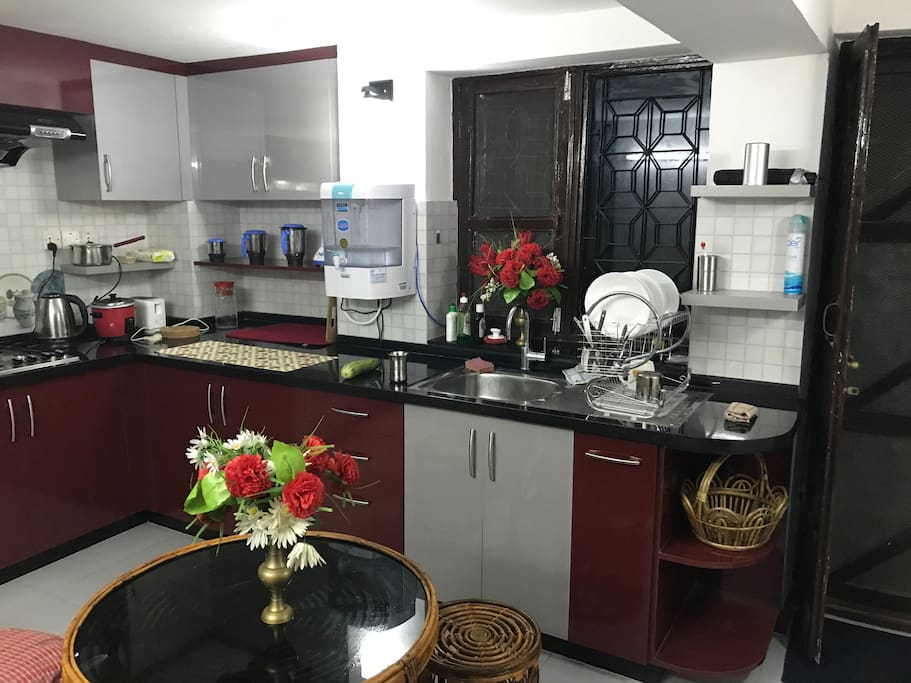 Furnished Kitchen with all kitchen utensils for 6 persons