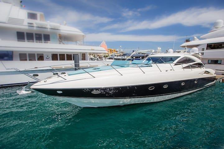 70' Sunseeker Luxury Yacht Charter Cabo San Lucas