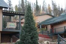 Hideaway Mountain Lodge - a B&B destination