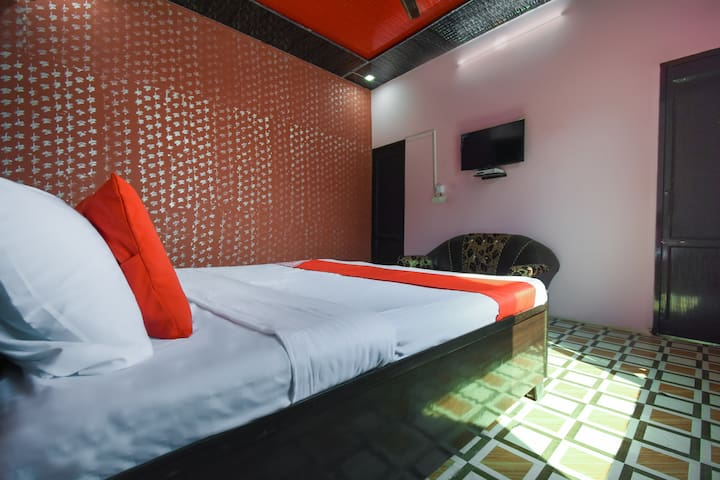 OYO Deluxe 1 BR Stay In Ambala
