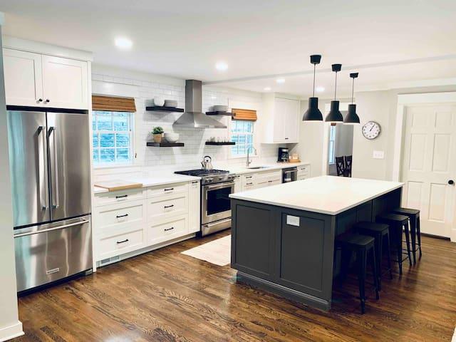 Three Oaks Roswell | Full Home | Historic Roswell