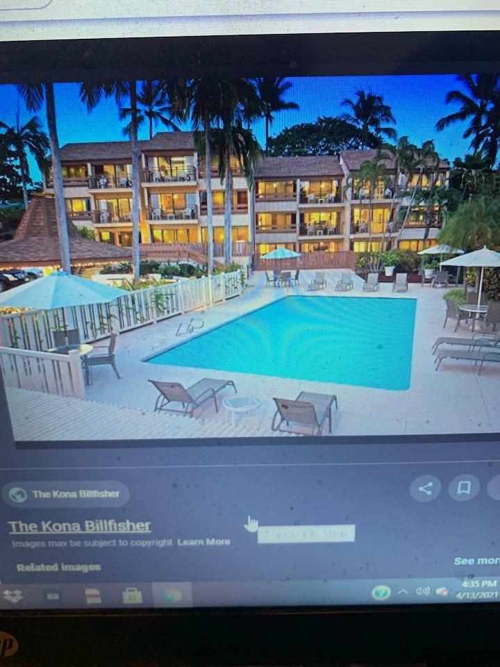Beautiful & Reasonable Downtown Kona Resort