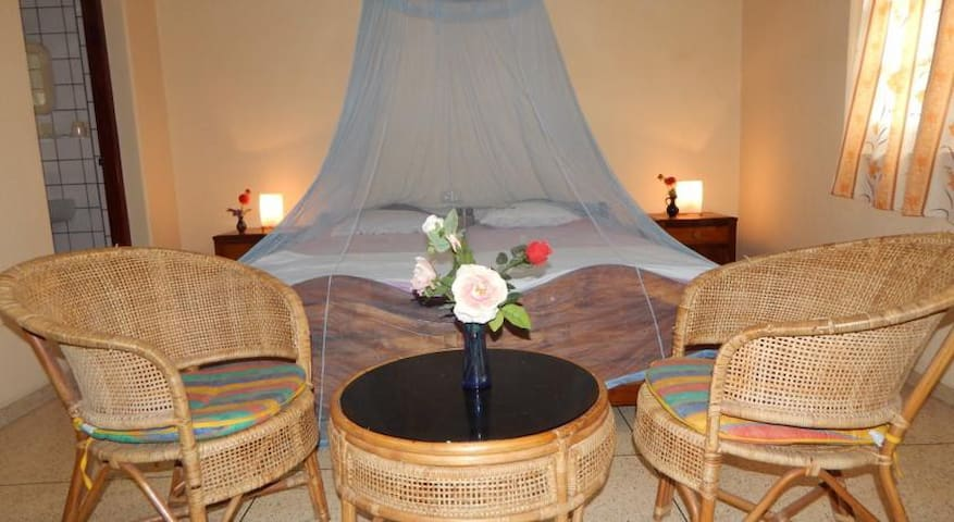 Mallika Guest House Double room with balcony No AC