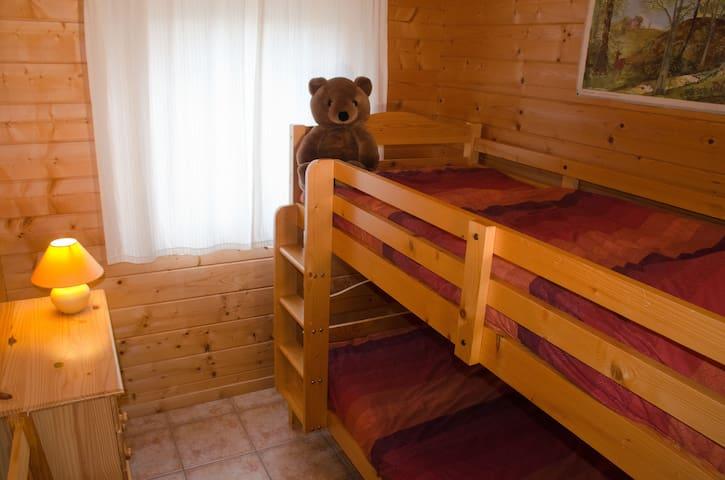 slaapkamer met stapelbed, ook voor volwassenen
