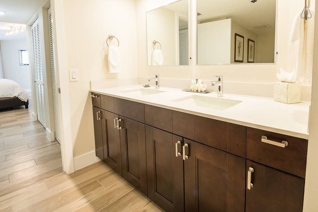 """The Grand 3057 