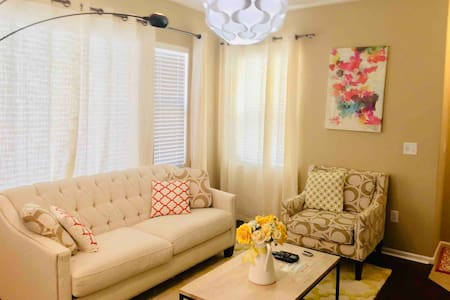 3Bedrooms Townhome, 10mins from Gaylord's and DIA
