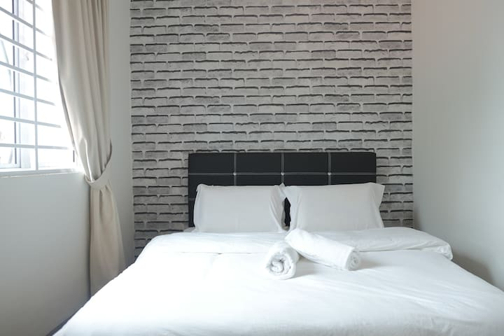 Natol Motel - Paris (Double Room with Bathroom)