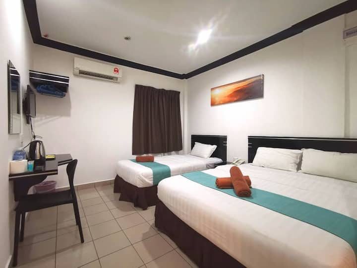 Essential Family Suite @ Gaya Street City Centre