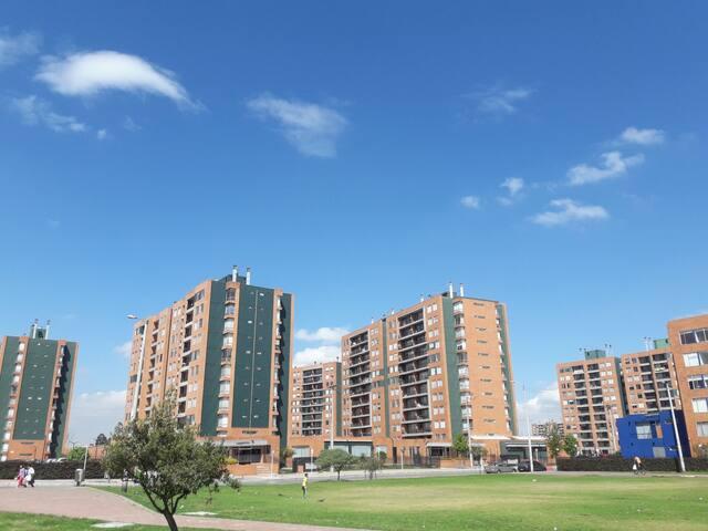 Lindisimo apartamento cerca a autopista a Medellin